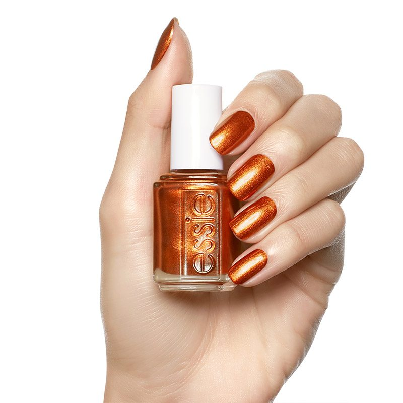 ESSIE_Fall_2018_enamel_say_it_ain't_soho_on_hand_800px_Goaheadshop